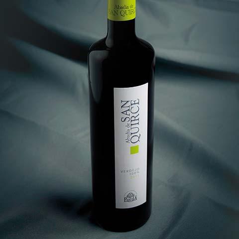 Diseño de etiquetas de vino Abadía de San Quirce Verdejo
