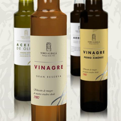 Diseño de etiquetas de aceite, vinagre y sal